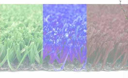 Colores en el suelo de la pista de pádel